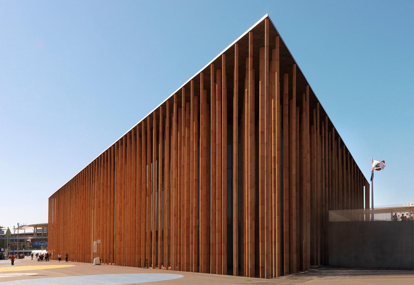 Facade Covering Spanish Expo Pavilion Zaragoza Spain By