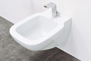 Sprint bidet  by  Ceramica Flaminia