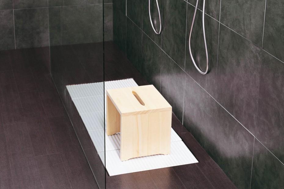 Tatami ceramic shower brick