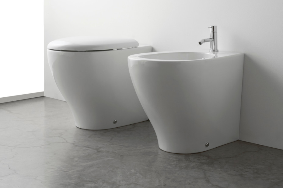 bowl toilette und bidet von ceramica globo stylepark. Black Bedroom Furniture Sets. Home Design Ideas