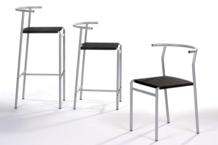 Café bar stool