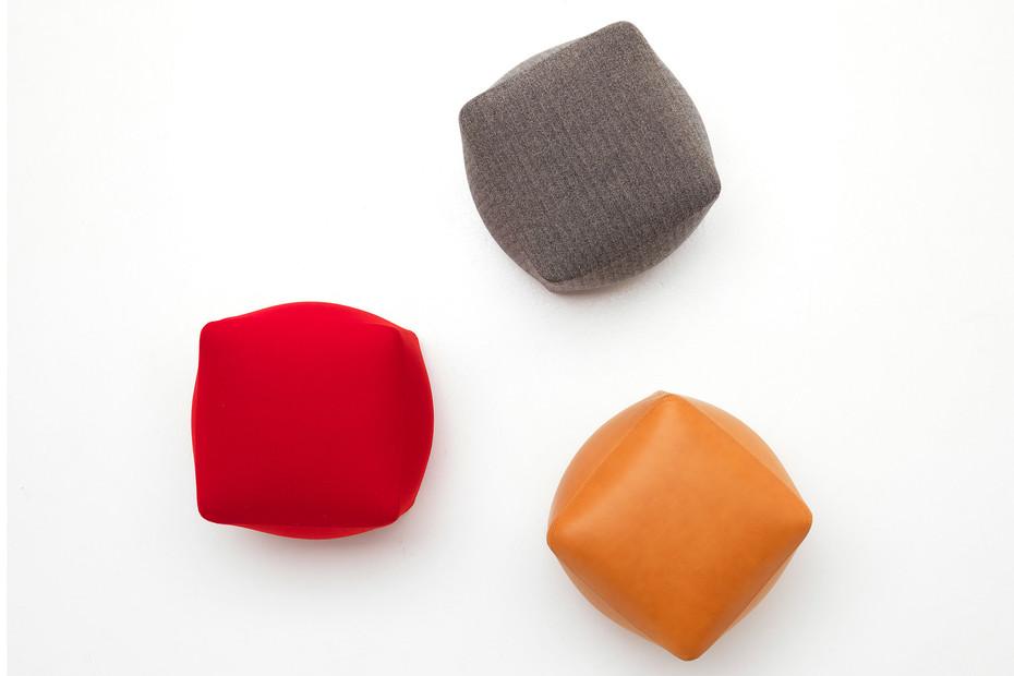 Sumo pouf