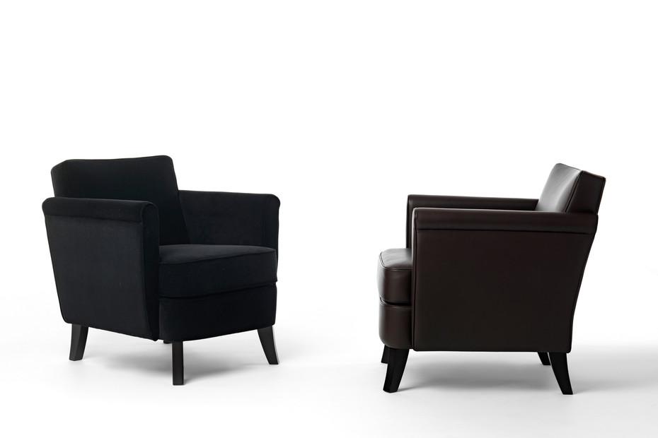 Undersized easy chair