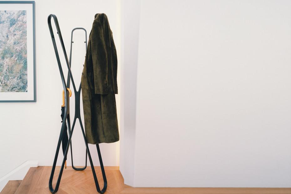 Saturn wardrobe