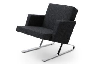Satyr armchair with armrest  by  ClassiCon