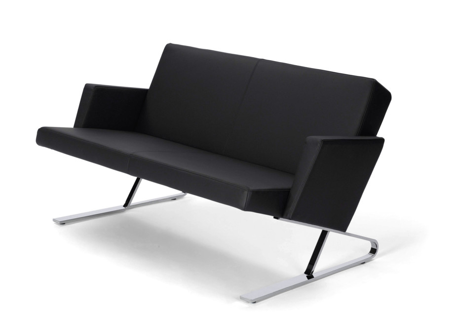 Satyr two seater with armrest