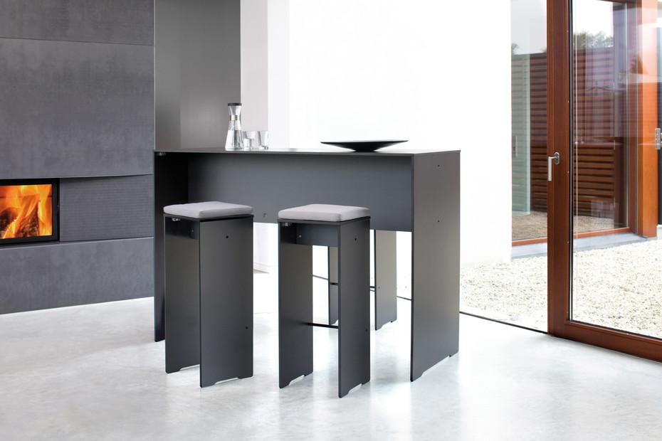 RIVA bar stool