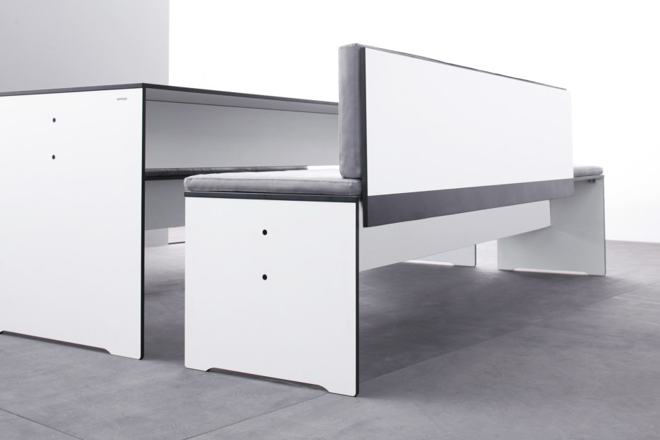 RIVA bench with backrest
