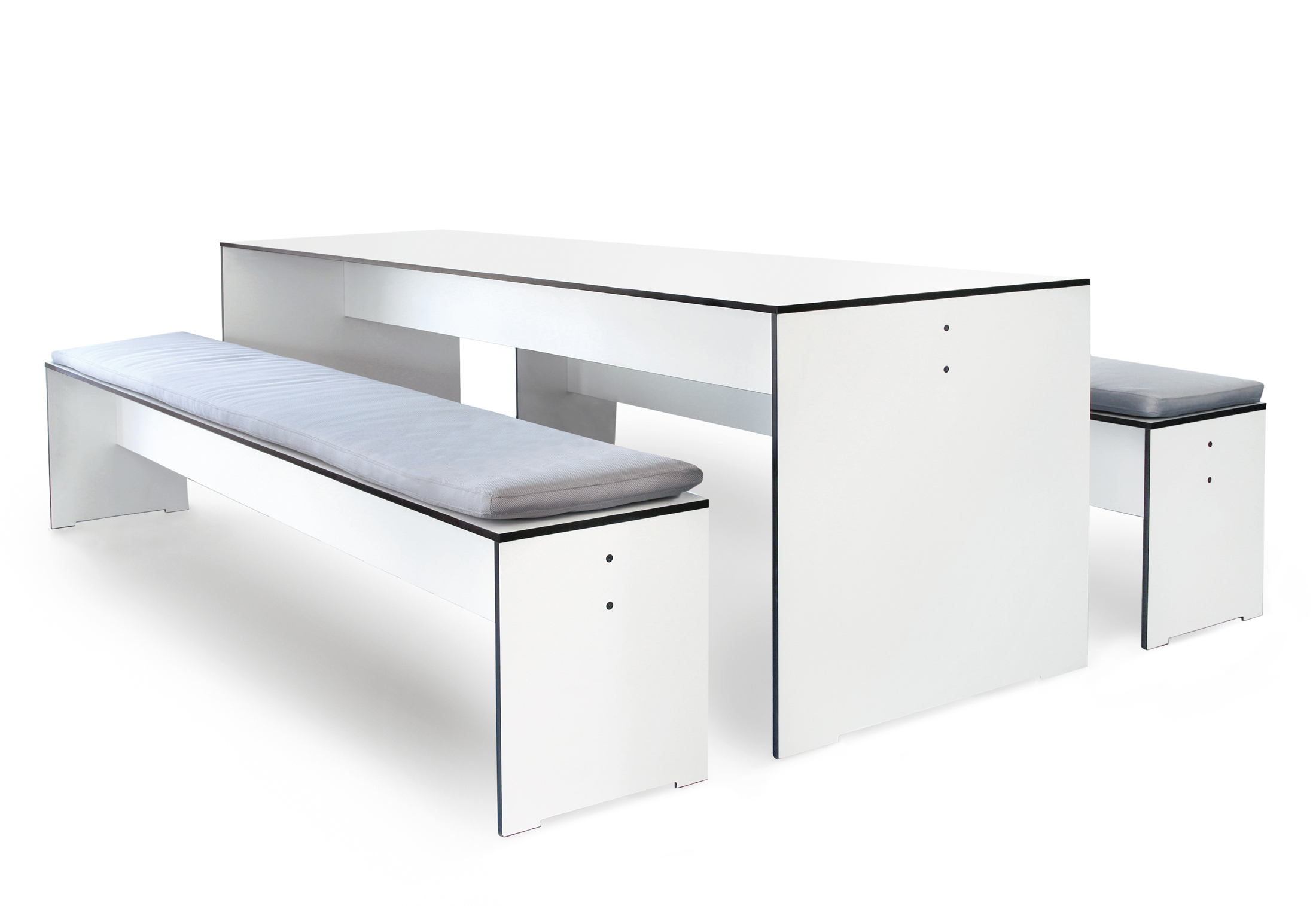 Riva table by conmoto stylepark for Table riva but