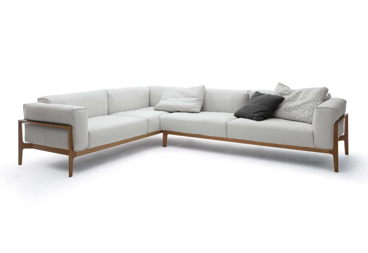 elm sofa von cor stylepark. Black Bedroom Furniture Sets. Home Design Ideas