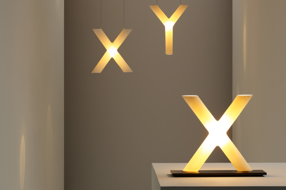 XY Tischleuchte