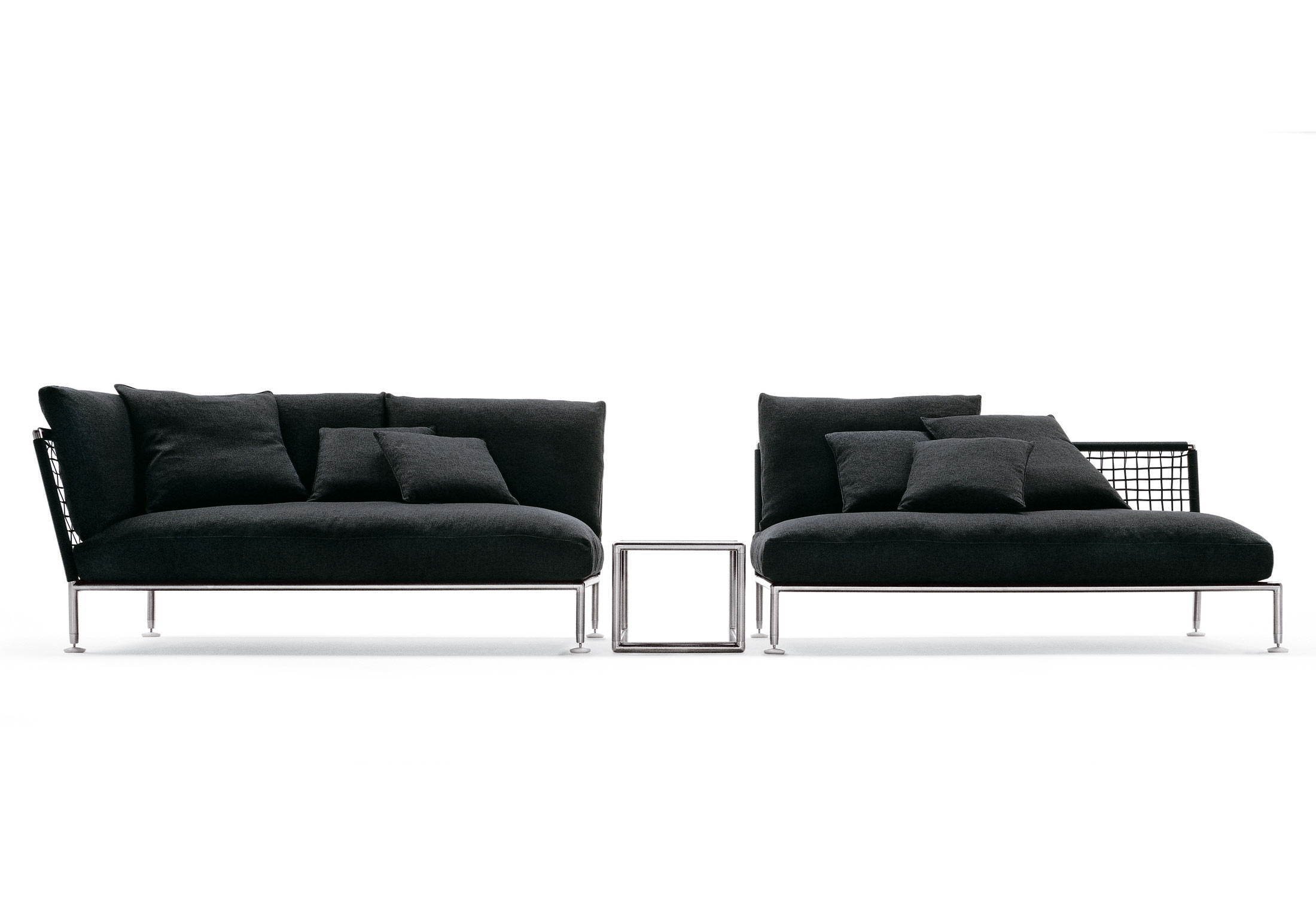 nest couchtisch von coro stylepark. Black Bedroom Furniture Sets. Home Design Ideas