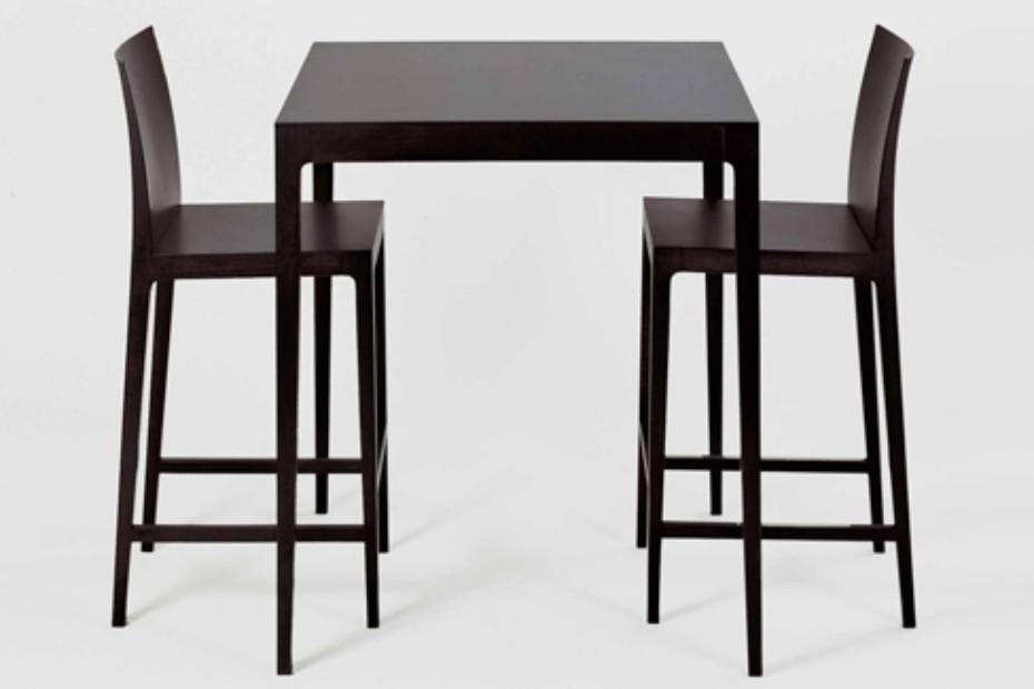 Anna bar table