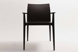 Anna chair with armrests  by  Crassevig