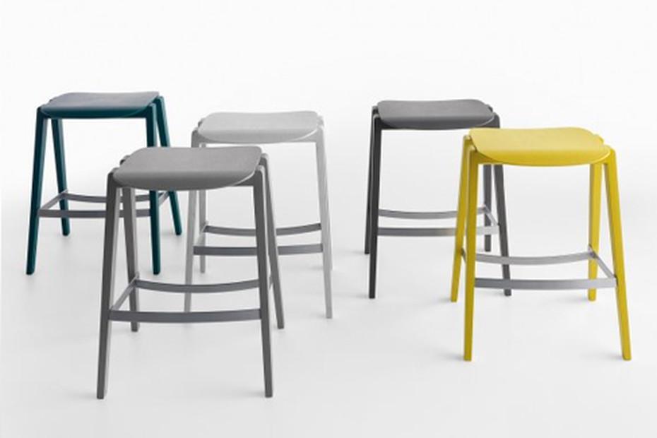 Mixis 65 stool