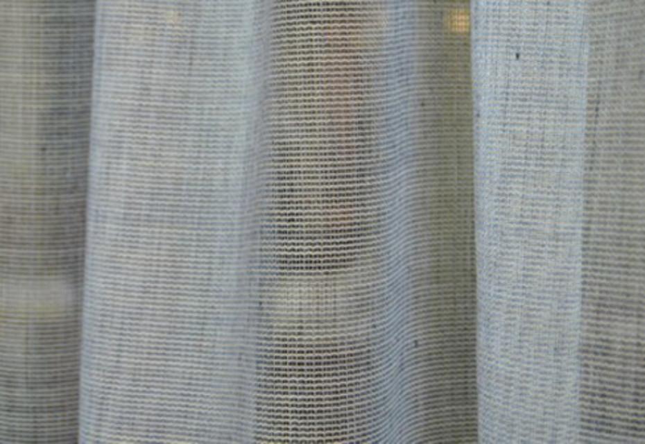 Gitterartiges gewebe für vorhänge