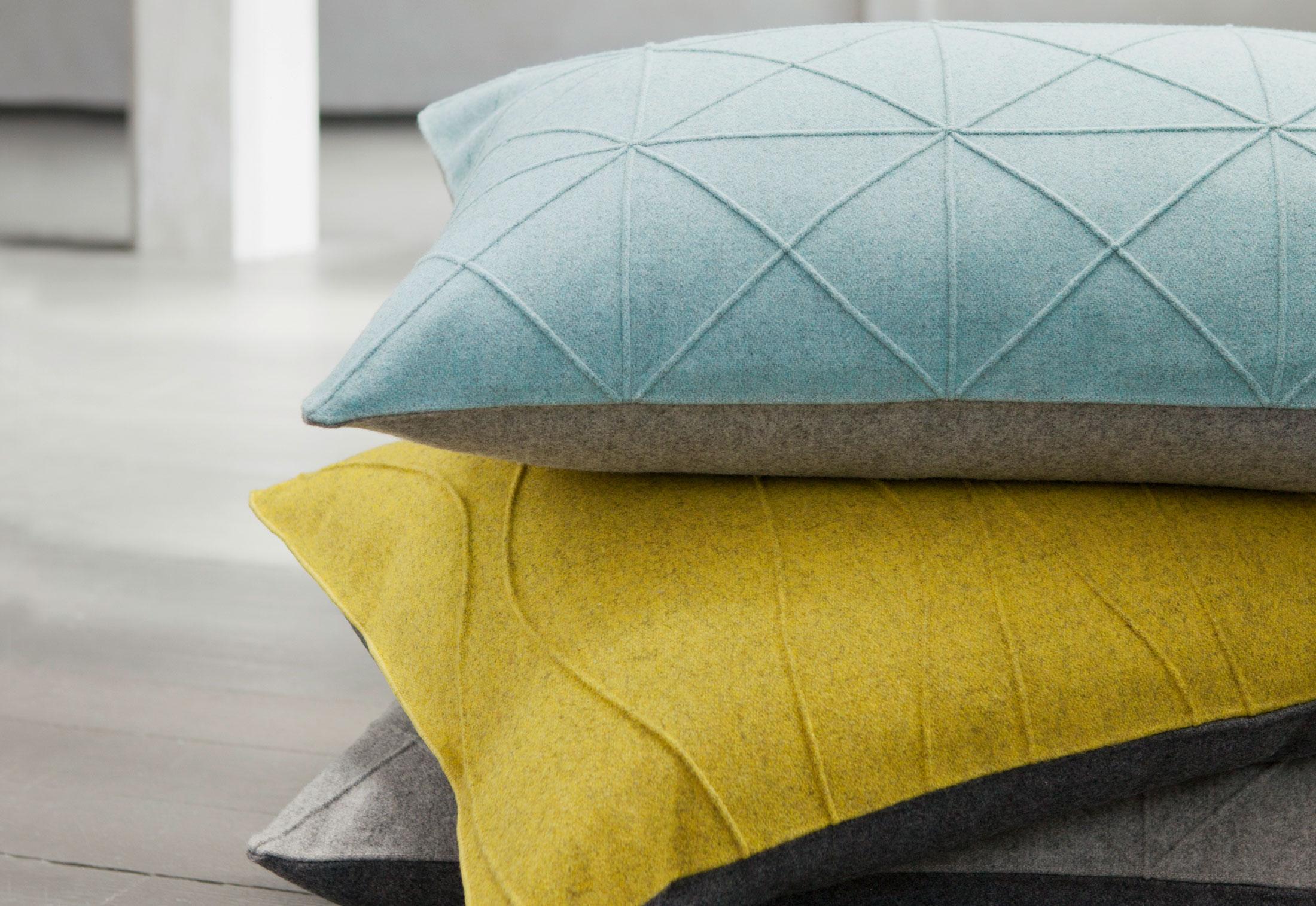 Cushion Ecco & Cushion Ellen von Création Baumann | STYLEPARK