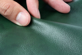 Sauvage green  by  Crest Leather