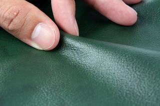 Sauvage green  von  Crest Leather