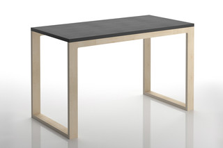Just my size table  von  Danese