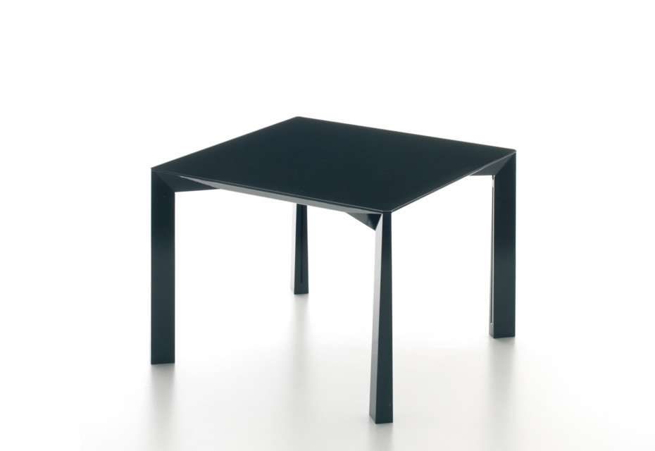 Ovidio Side table