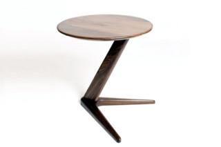 Drone Table  von  Dare Studio
