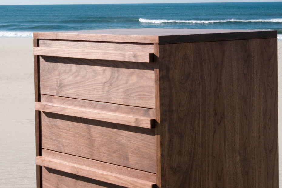 007 Atlantico Tall Chest