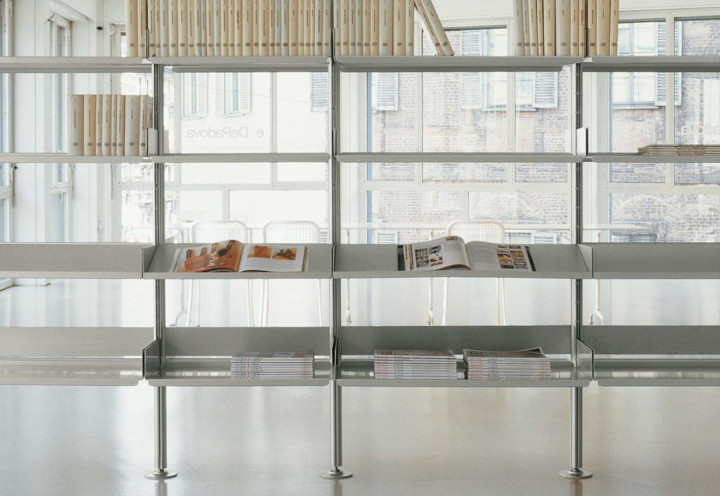 regalsystem 606 galerie regalsystem vits with regalsystem. Black Bedroom Furniture Sets. Home Design Ideas