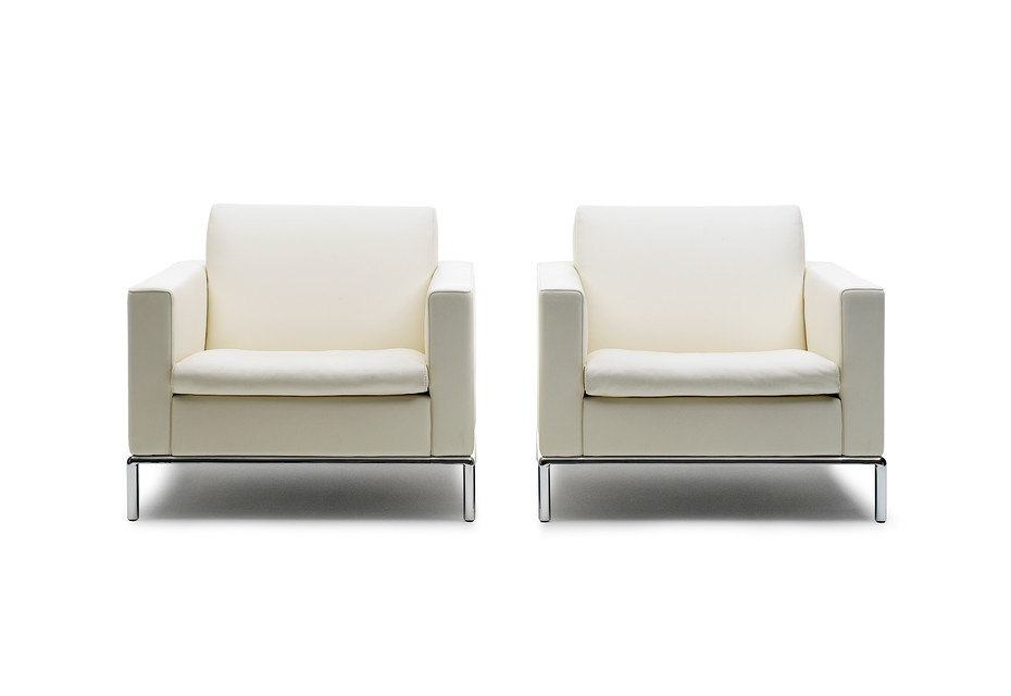 DS-5 armchair
