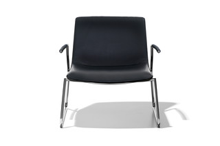 DS-717 lounge chair with armrests  by  de Sede