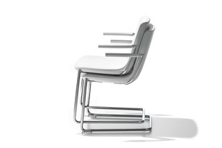 DS-718 chair with armrests  by  de Sede