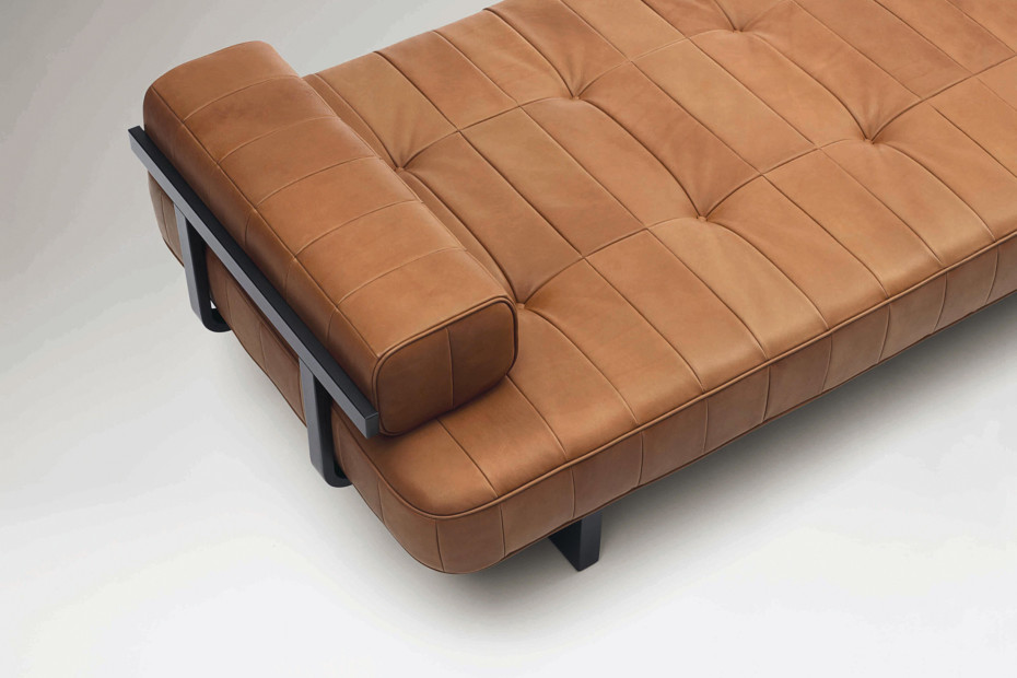 DS-80 Daybed