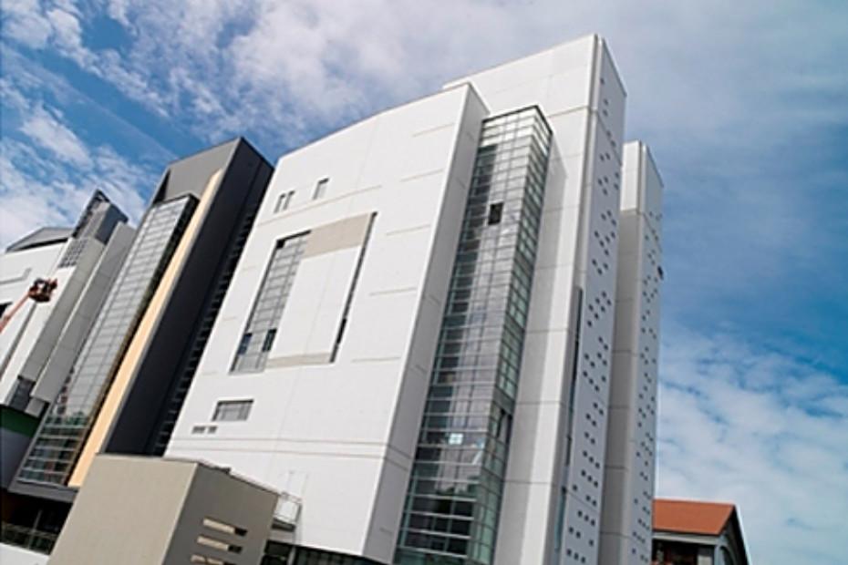 polierte betonfassade architekturfakult t paris val de seine von decomo stylepark. Black Bedroom Furniture Sets. Home Design Ideas