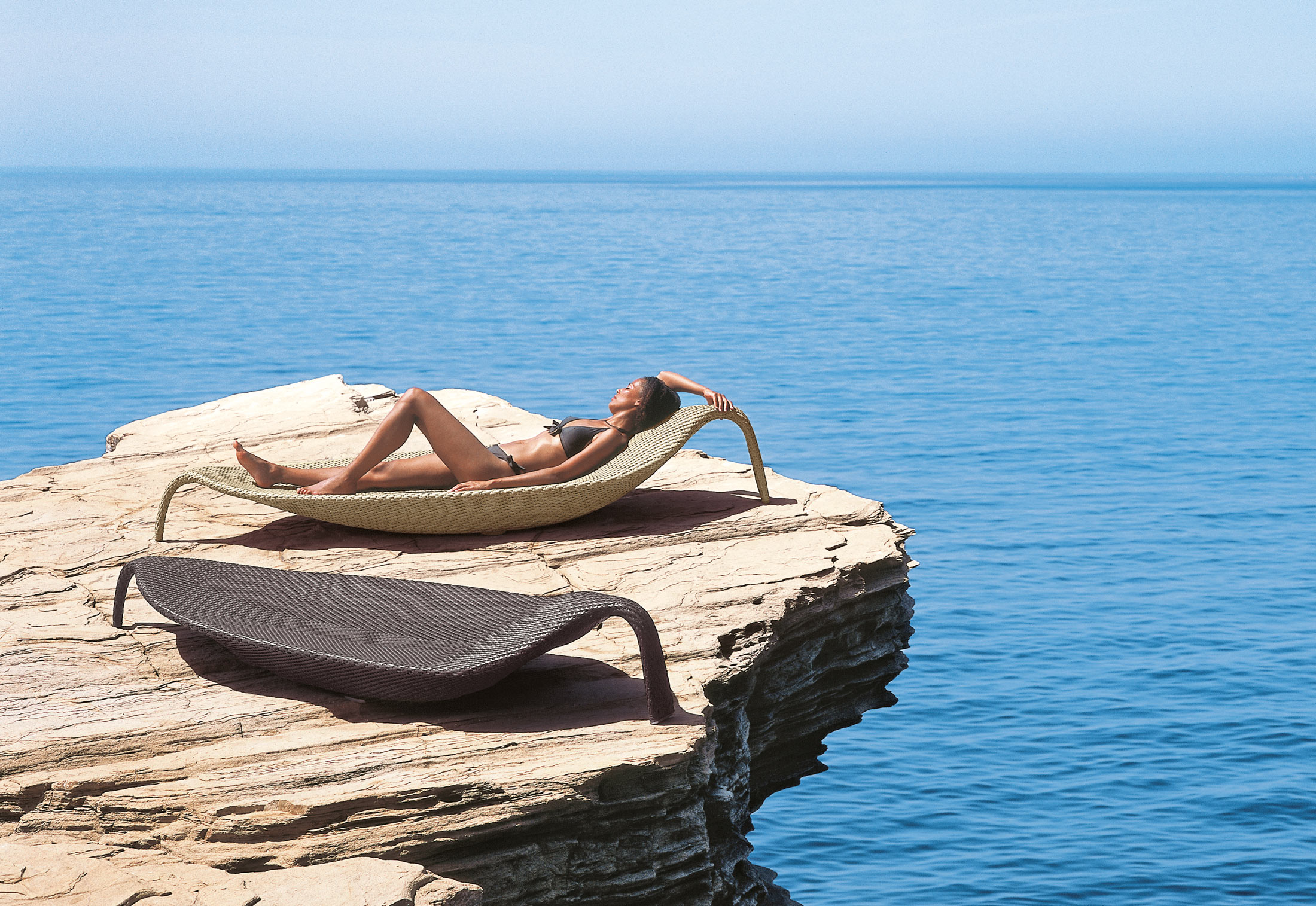 leaf beach chair xxl by dedon stylepark. Black Bedroom Furniture Sets. Home Design Ideas