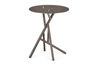 MANGROVE side table  by  DEDON