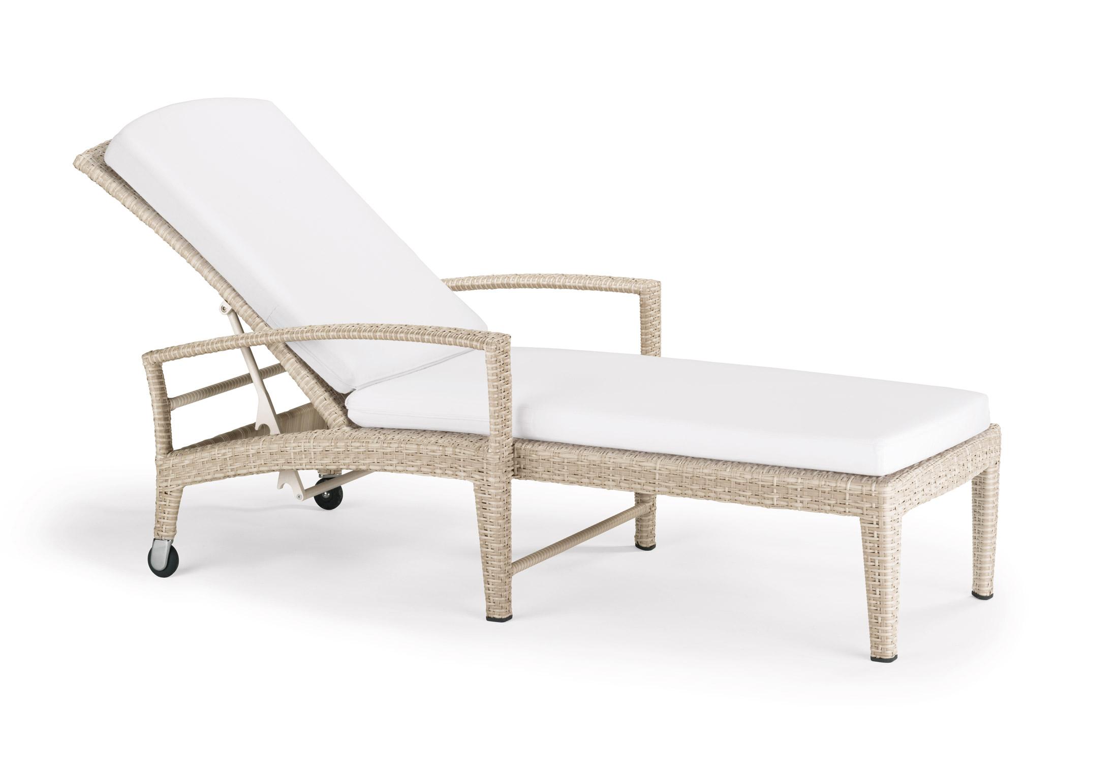 panama sonnenliege mit rollen von dedon stylepark. Black Bedroom Furniture Sets. Home Design Ideas
