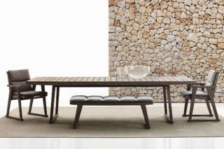 GIO Outdoor table  by  B&B Italia