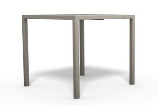 COMFONY 10 Tisch quadratisch  von  Benkert Bänke