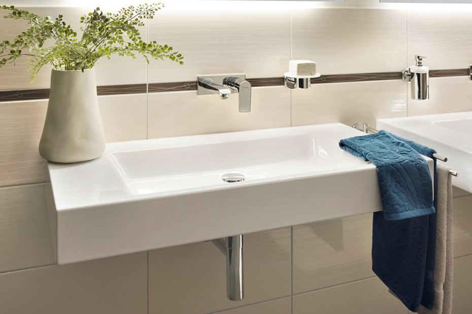 BETTEAQUA Wall Mounted Washbasin