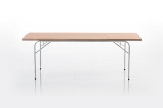 Les copains Table  by  Brühl