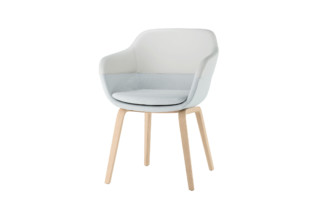 Crona club armchair 6367 A  by  Brunner