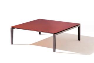 Scighera Tisch quadratisch   von  Cassina