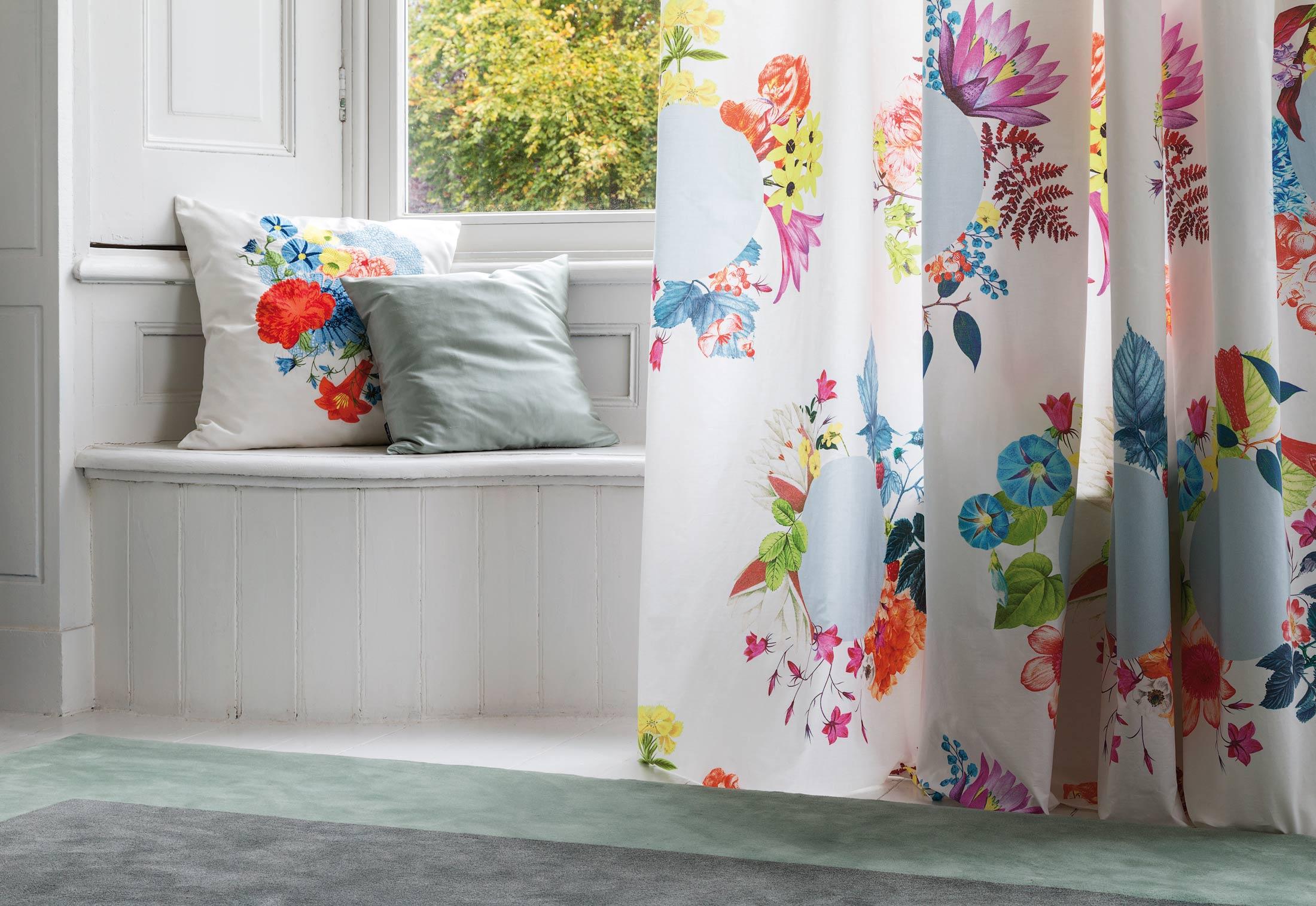 bouquet von christian fischbacher stylepark. Black Bedroom Furniture Sets. Home Design Ideas