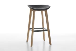 CHAIRMAN bar stool wood  by  conmoto