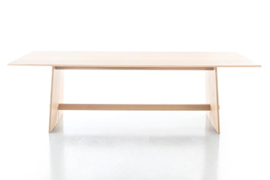 SOLID OAK Tisch