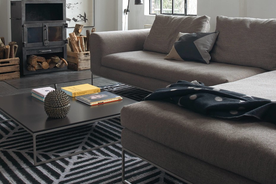 Mell lounge mit loose seat cushions