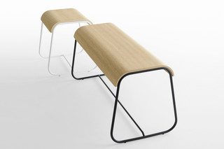 Lineo seating bench  by  Crassevig