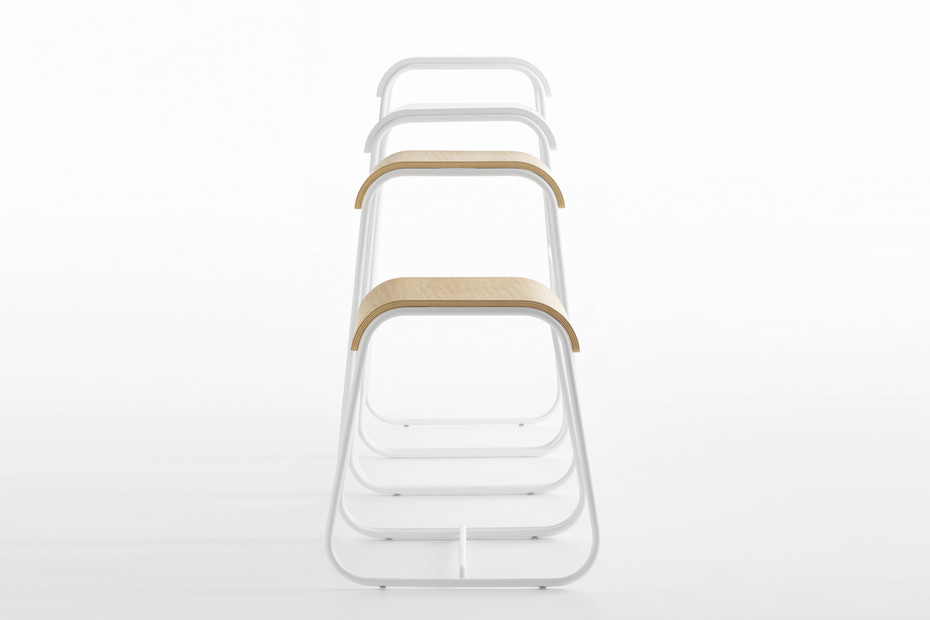Lineo stool