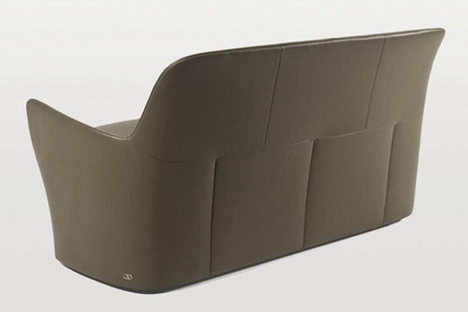 DS-110 Sofa