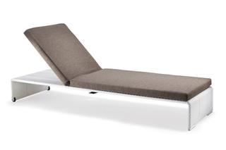 SLIM LINE beach chair  by  DEDON